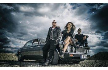 Membrii trupei DJ Project, raniti intr-un accident rutier in judetul Valcea