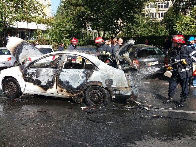 [VIDEO] O masina a explodat in Brasov