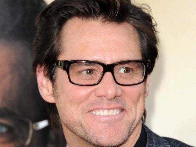Fosta iubita, catre Jim Carrey: M-ai distrus ca persoana. M-ai introdus in lumea drogurilor si a prostitutiei