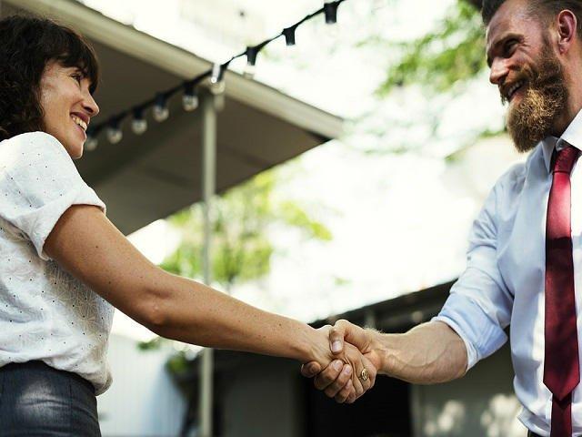 Vrei sa incepi fara batai de cap propria afacere? O franciza poate fi cea mai buna alegere