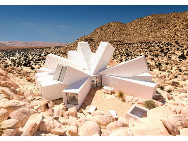 [FOTO] A construit o casa senzationala din containere. Uite cum arata!
