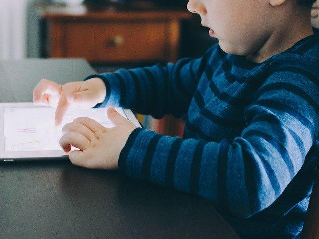 Copiii nu vor mai avea voie sa isi faca un cont de Facebook fara acordul parintilor