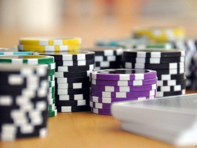 Industria jocurilor de noroc din Romania: Milenialii, principalii jucatorii. Creste interesul pentru cazinourile online