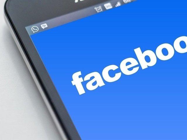O adolescenta a folosit Facebook-ul pentru a-si anula casnicia in instanta