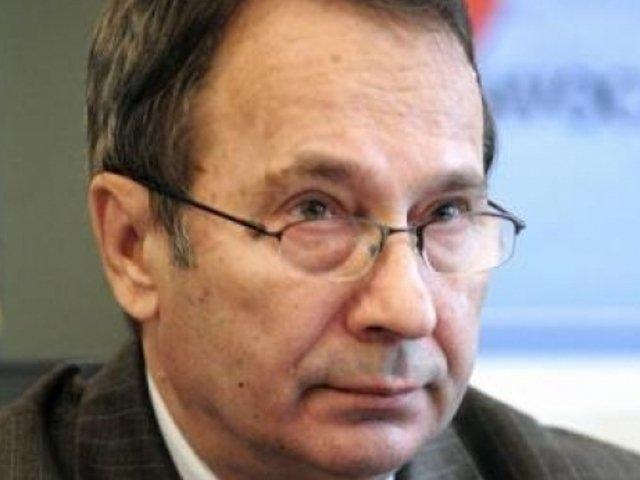 Presedintele CCR, Valer Dorneanu, criticat de CSM pentru declaratii legate de decizii ale instantelor