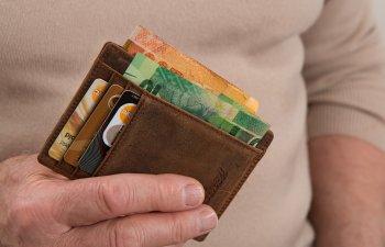 Ministrul Finantelor anunta introducerea unei taxe de solidaritate de 2% care va reveni angajatorului