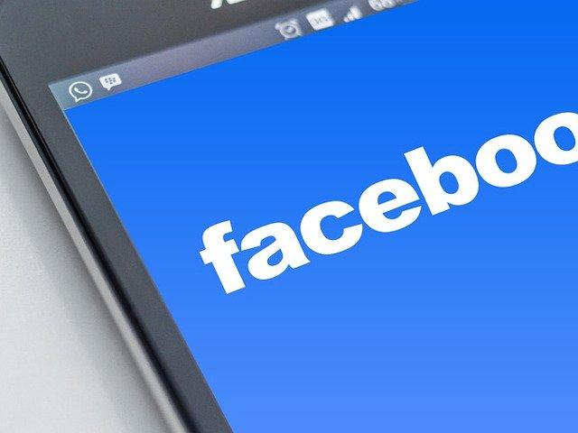 Daca obisnuiai sa postezi asta pe Facebook, opreste-te. 10 lucuri care nu trebuie sa apara pe retelele sociale