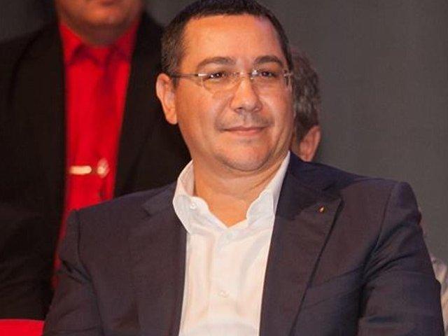 Victor Ponta, despre Tarom: Se distruge un simbol national!
