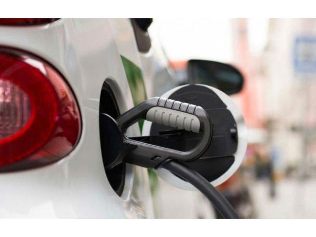 Plan pe trei ani: E.ON vrea sa deschida 10.000 de statii de incarcare pentru masini electrice in Europa