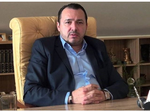 Deputatul Catalin Radulescu sustine ca i-a fost furata masina de 150.000 de euro: Ii rog sa o aduca inapoi