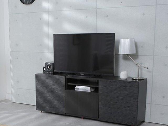 Un barbat a fost arestat dupa ce a furat 120 de televizoare din hoteluri