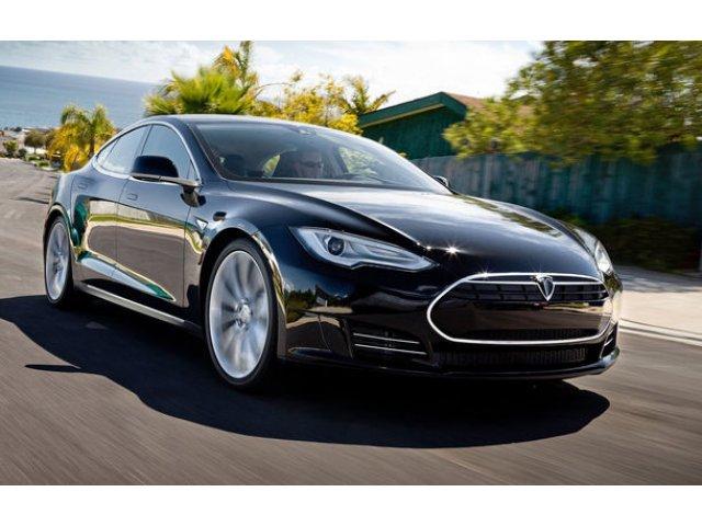 Angajatii Tesla rup tacerea: 90% dintre masinile iesite de pe linia de asamblare au nevoie de reparatii pentru diverse defectiuni