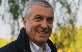 Tariceanu: Nu pot sa stau alaturi de presedinte atata vreme cat va fi exponentul statului paralel
