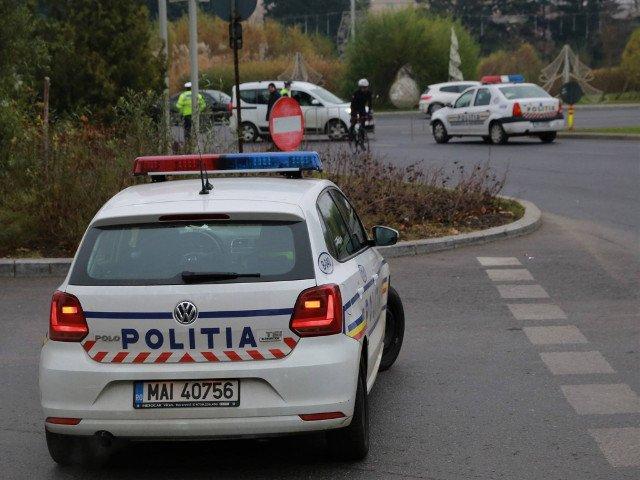 O soferita din Suceava a izbit o masina, dupa ce a facut o criza de epilepsie