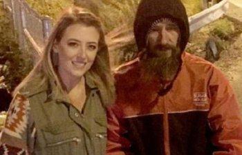 Ce a facut barbatul fara adapost cu cei 400.000 de dolari primiti din donatii