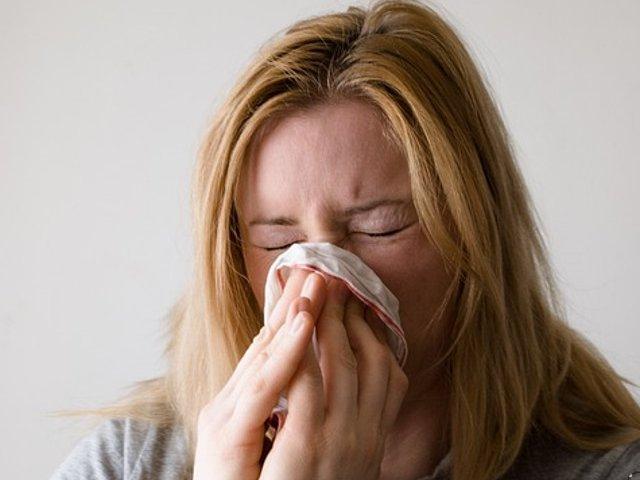 Unul din trei romani cere sfaturi despre viroze respiratorii si afectiuni ORL