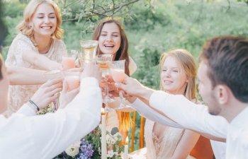 8 obiceiuri enervante la care prietenii tai ar vrea sa renunti cat mai repede
