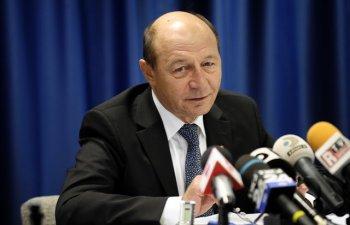 Basescu: Iohannis va trimite legile justitiei la Comisia de la Venetia inainte de a le respinge sau promulga
