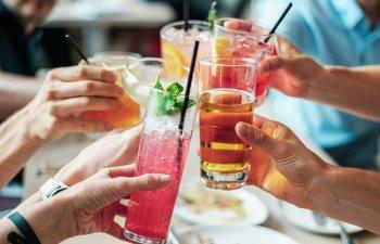 6 moduri surprinzatoare in care alcoolul iti poate schimba personalitatea