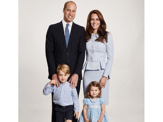Traditii si obiceiuri de Craciun ale Familiei Regale din Marea Britanie