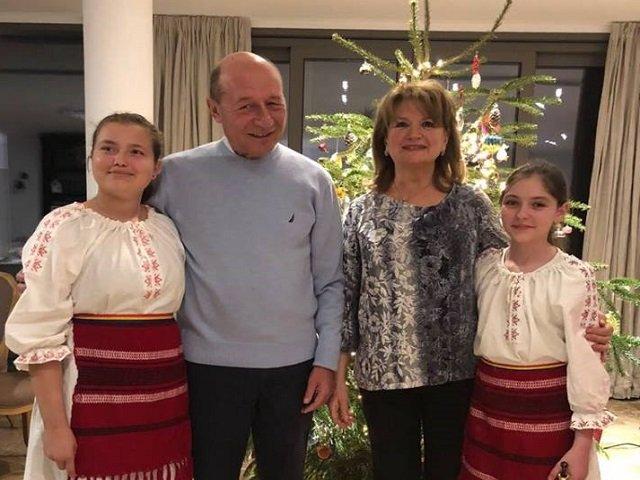 Mesajul lui Traian Basescu, cu ocazia Craciunului
