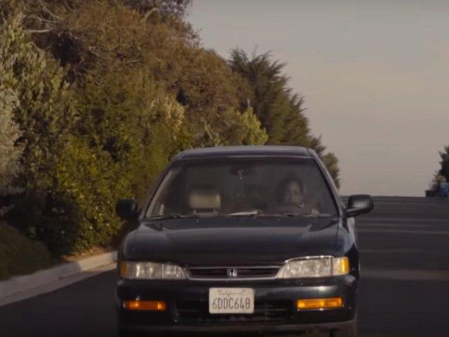 Motivul pentru care toata lumea si-a dorit sa cumpere o masina veche de 20 de ani