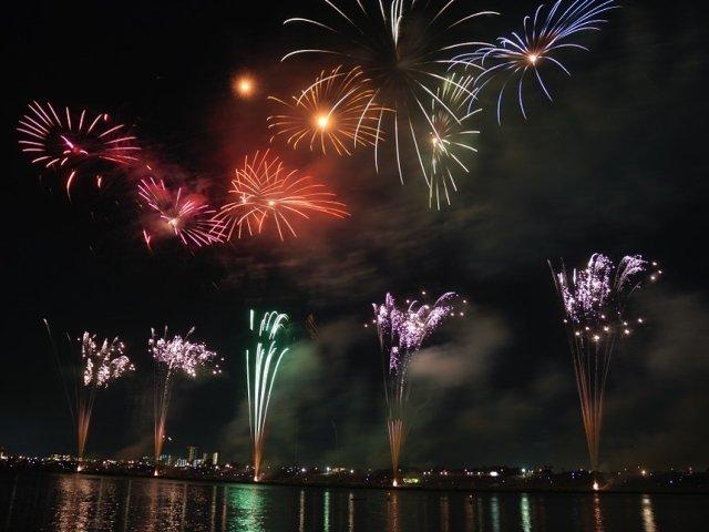 VIDEO/ Anul 2018, intampinat cu focuri de artificii spectaculoase in intreaga lume. Cum a aratat seara de Revelion in alte tari