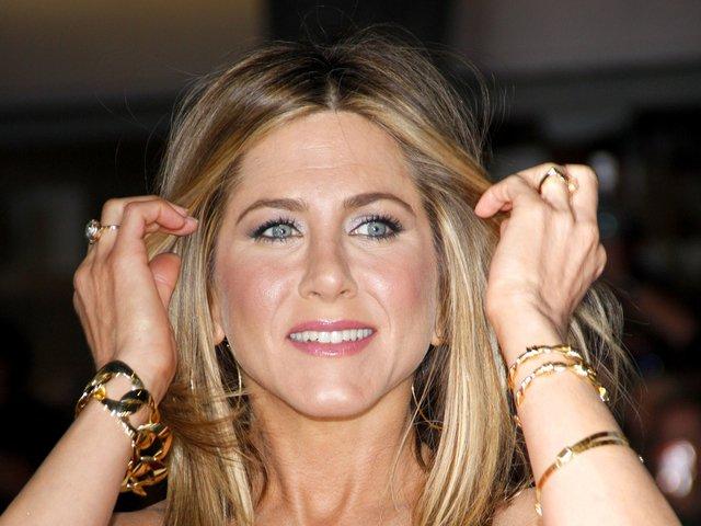 Secretul unui corp perfect: Cum se mentin Jennifer Aniston si Britney Spears in forma