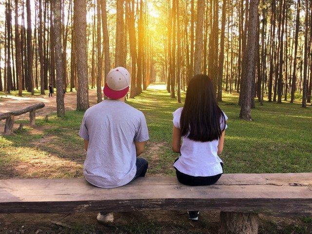 Nu il sufoca. 7 motive intemeiate sa ii oferi partenerului tau libertatea de care are nevoie