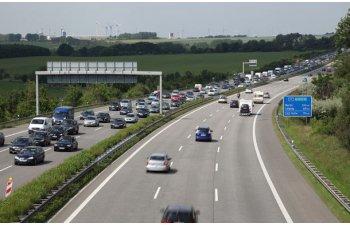 Reguli mai dure pentru emisii: 60% dintre masini trebuie sa aiba emisii mici dupa 2030