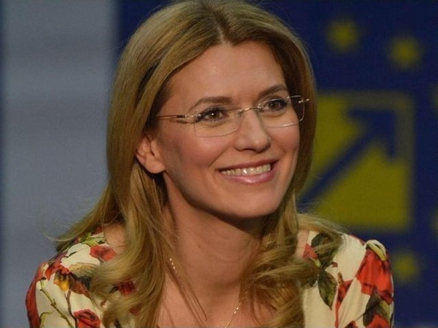 Gorghiu: E pacat ca prima femeie premier va face istorie cu cel mai slab Guvern PSD