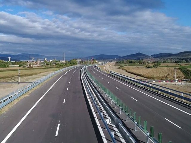 ONG, despre anuntul premierului privind proiectele de infrastructura: O alta minciuna si o noua promisiune fantezista