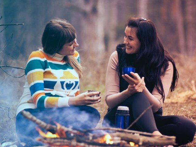 Cum poti repara o prietenie deteriorata? 7 idei care nu vor da gres
