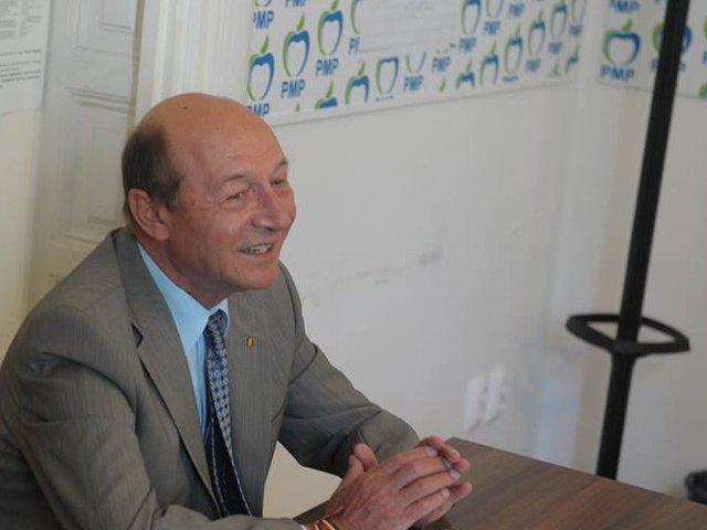 Basescu: Presedintele este singurul care le poate frana setea de putere a PSD, daca este dispus sa lupte