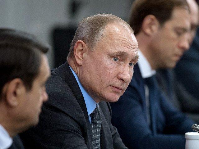 Vladimir Putin si-a inregistrat oficial candidatura la alegerile prezidentiale din martie