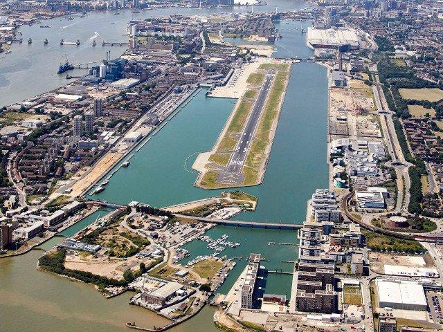 Aeroportul London City a fost inchis dupa ce a fost gasita o bomba din Al Doilea Razboi Mondial