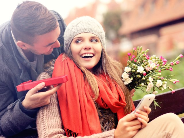 Cum sa iti surprinzi partenera de Valentine`s Day, in functie de stadiul relatiei