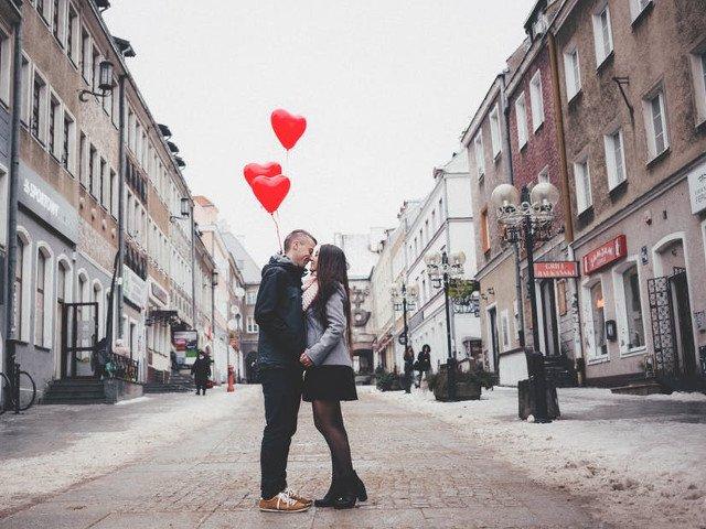 Traditii si obiceiuri de Valentine`s Day: Cum arata o zi perfecta in care este celebrata dragostea