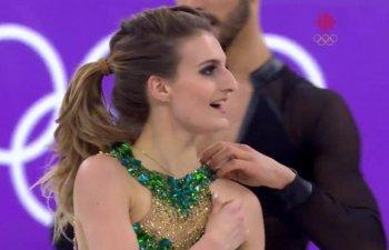 Moment stanjenitor la Jocurile Olimpice: Unei patinatoare i s-a rupt rochia in timpul reprezentatiei