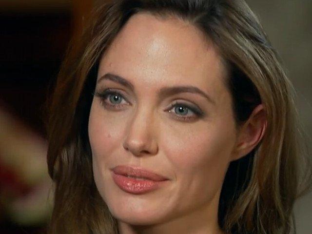 Angelina Jolie este atat de slaba incat suscita ingrijorare / VIDEO
