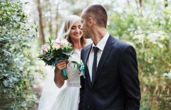 7 semne ca o casnicie nu va rezista, conform fotografilor de nunta