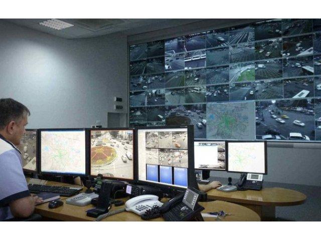 Proiect: Primaria Bucuresti vrea sa introduca aproape 60 de intersectii in sistemul de management al traficului
