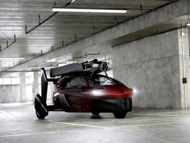 Revolutie in industria auto. Prima masina zburatoare, prezentata la Salonul Auto de la Geneva