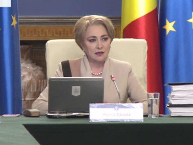 "Viorica Dancila a vorbit, in sedinta de Guvern, despre criza de ""imunoglobina"" / VIDEO"