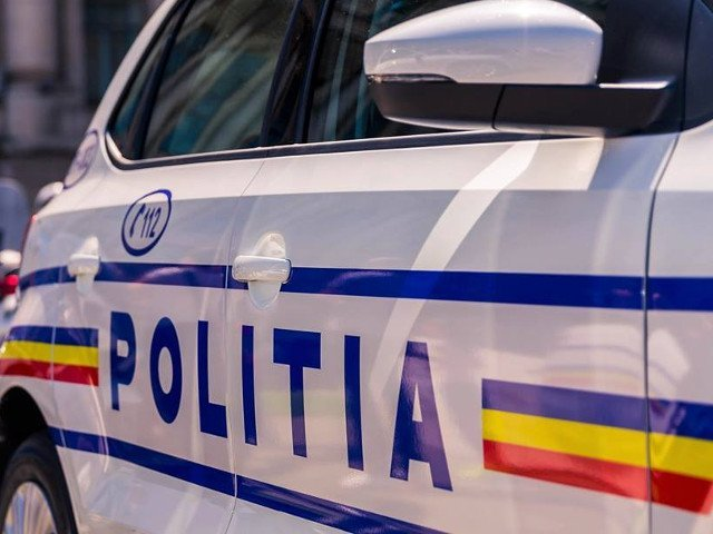 Un recidivist eliberat prin recursul compensatoriu a agresat sexual o fetita in scara unui bloc din Bucuresti