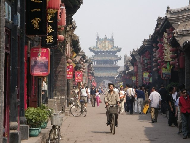 China a abolit limitarea numarului de mandate prezidentiale. Xi Jinping poate fi presedinte pe viata