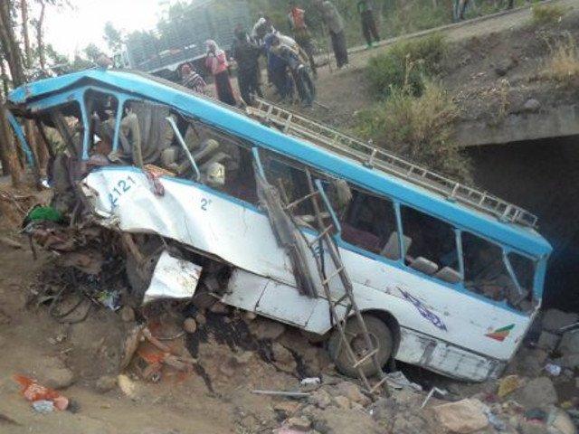 38 de oameni au murit dupa ce un autobuz s-a prabusit intr-o rapa, in Etiopia