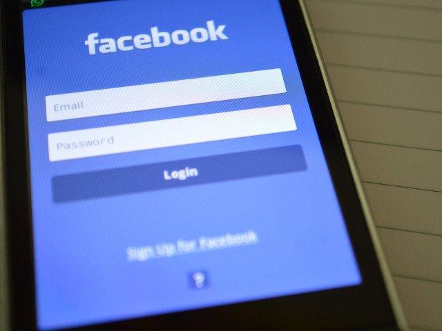 Facebook a colectat date despre apelurile si mesajele de pe telefoanele cu Android