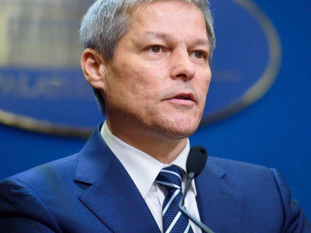 """Ciolos: In jur de 30.000 de persoane s-au inscris pe site-ul viitorului partid """"Miscarea Romania Impreuna"""""""