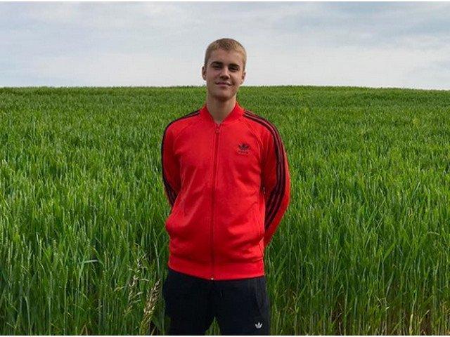 Justin Bieber le-a marturisit fanilor de Paste ca Iisus i-a schimbat viata